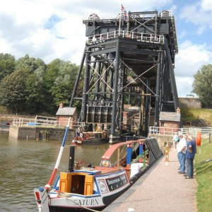 2015 Canals, Steam & Historic Chester andertonliftwithsaturn_waterwayimages