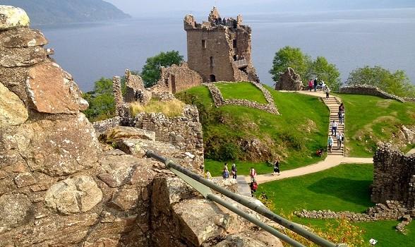 Urquhart Castle 3