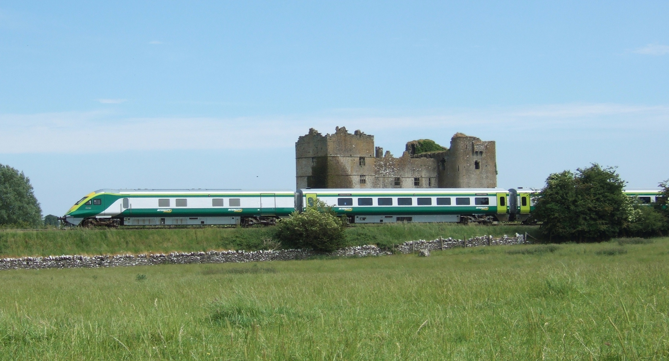 Train and Templemore Castle pic