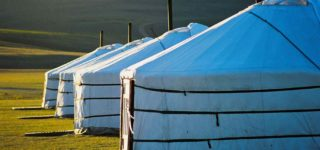 mongolia_ger_camp